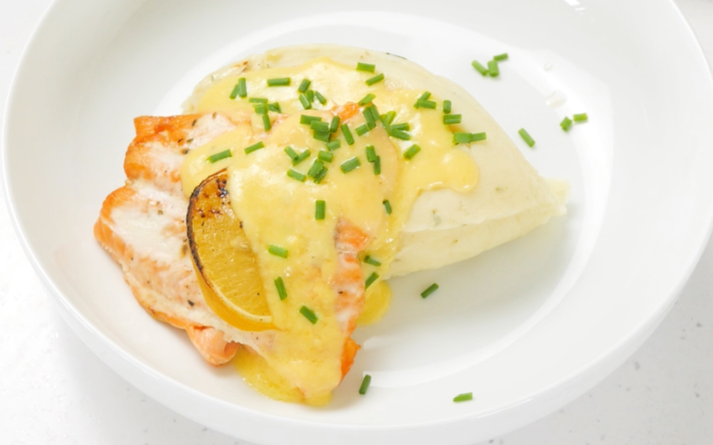 Baked Salmon with Hollandaise Sauce